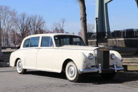 1962 Rolls-Royce Phantom V LHD for sale at Gullwing Motor Cars Inc in Astoria NY