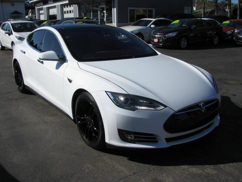 2015 Tesla Model S for sale at CLASSIC MOTOR CARS in West Allis WI