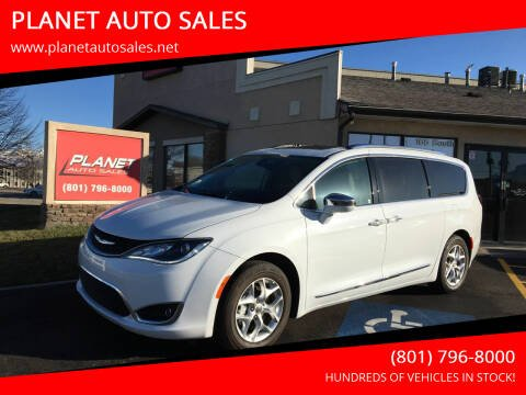 2020 Chrysler Pacifica for sale at PLANET AUTO SALES in Lindon UT