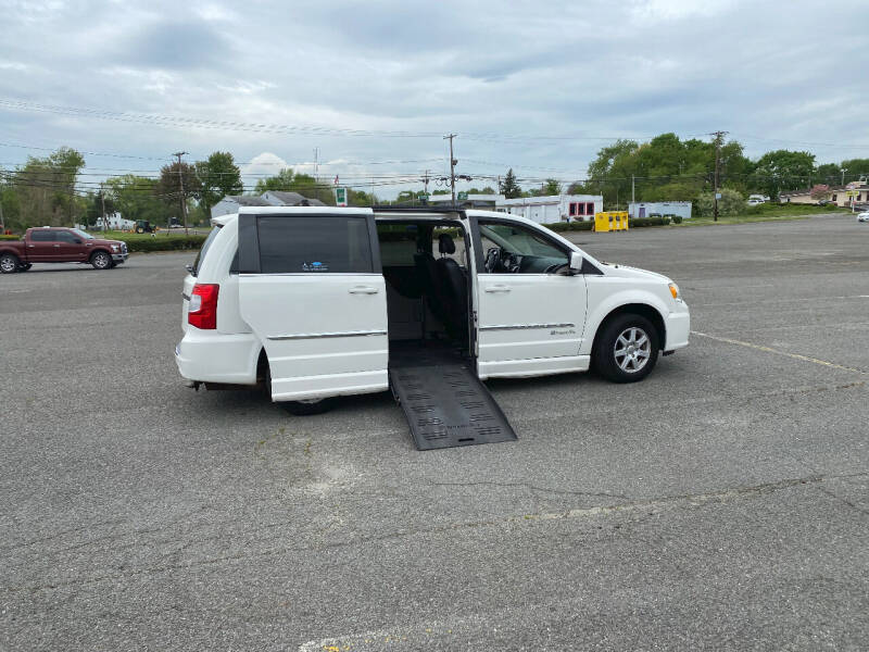 2012 Chrysler Town and Country for sale at BT Mobility LLC in Wrightstown NJ