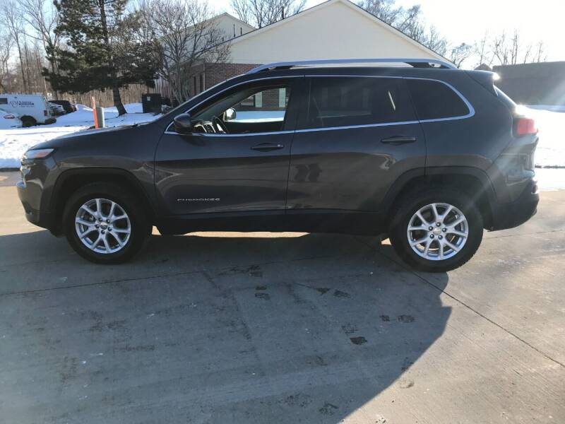 2017 Jeep Cherokee for sale at Renaissance Auto Network in Warrensville Heights OH
