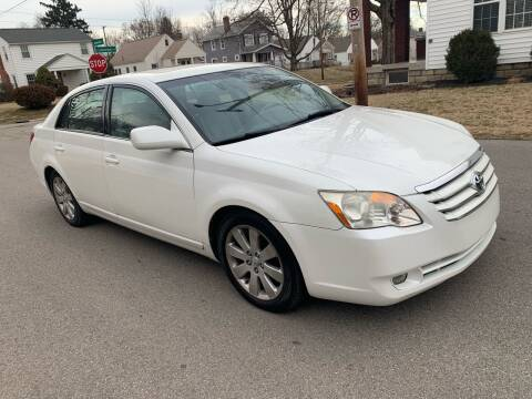 2006 Toyota Avalon for sale at Via Roma Auto Sales in Columbus OH