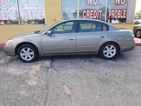 2004 Nissan Altima for sale at BSS AUTO SALES INC in Eustis FL