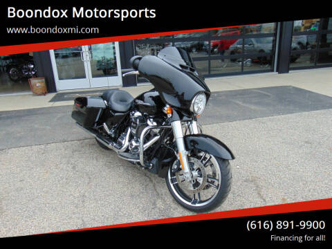 2017 Harley-Davidson Street Glide for sale at Boondox Motorsports in Caledonia MI