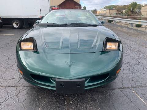1995 Pontiac Firebird for sale at Discovery Auto Sales in New Lenox IL