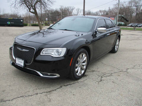 2016 Chrysler 300 for sale at Triangle Auto Sales in Elgin IL