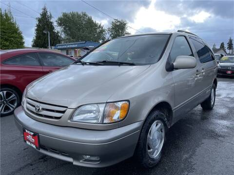 2001 Toyota Sienna for sale at Real Deal Cars in Everett WA
