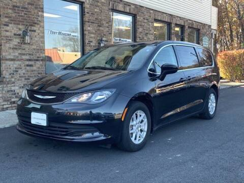 2017 Chrysler Pacifica for sale at The King of Credit in Clifton Park NY