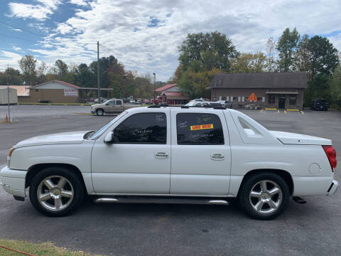 2004 Chevrolet Avalanche for sale at T Bird Motors in Chatsworth GA