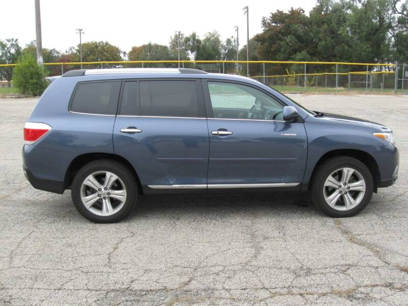 2013 Toyota Highlander for sale at Burhill Leasing Corp. in Dayton OH