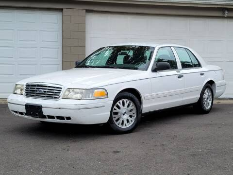 2004 Ford Crown Victoria for sale at Riverfront Auto Sales in Middletown OH