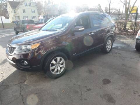 2013 Kia Sorento for sale at CAR CORNER RETAIL SALES in Manchester CT
