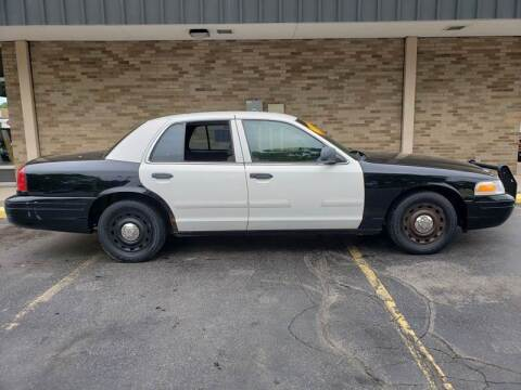 2003 Ford Crown Victoria for sale at Arandas Auto Sales in Milwaukee WI