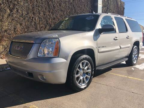 2007 GMC Yukon XL for sale at El Tucanazo Auto Sales in Grand Island NE