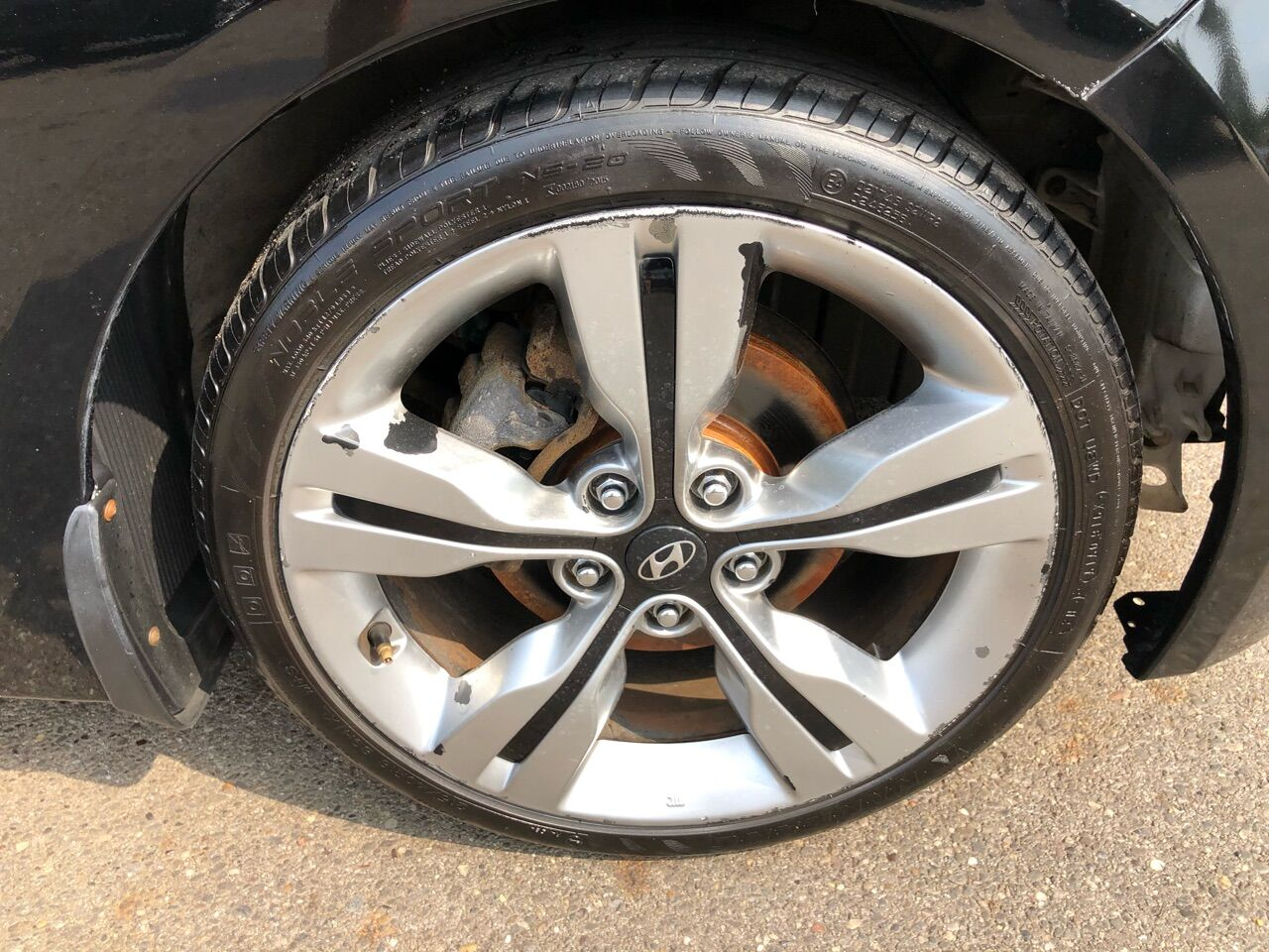 2012 Hyundai Veloster 3dr Car