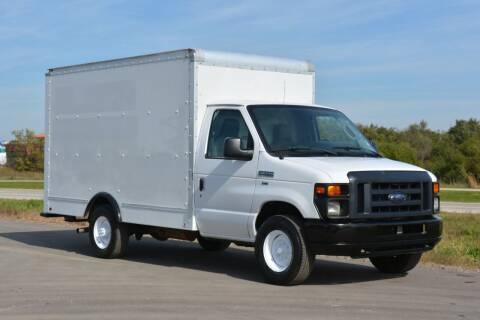 2012 Ford E-350 for sale at Signature Truck Center - Box Trucks in Crystal Lake IL