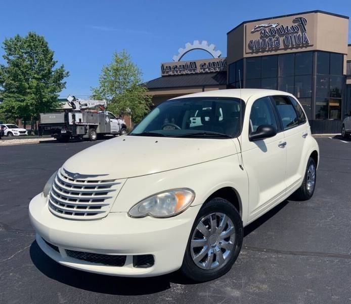 2007 Chrysler PT Cruiser for sale at FASTRAX AUTO GROUP in Lawrenceburg KY