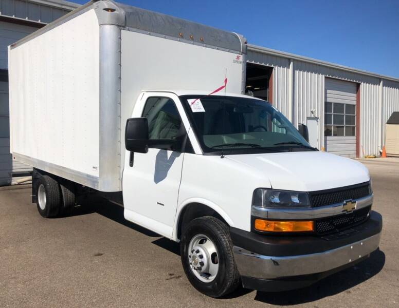 2020 Chevrolet Express Cutaway for sale at KA Commercial Trucks, LLC in Dassel MN