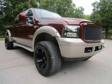 2006 Ford F-250 Super Duty for sale at Thornhill Motor Company in Hudson Oaks, TX