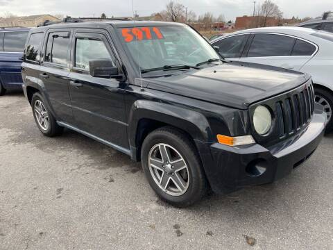 2009 Jeep Patriot for sale at BELOW BOOK AUTO SALES in Idaho Falls ID