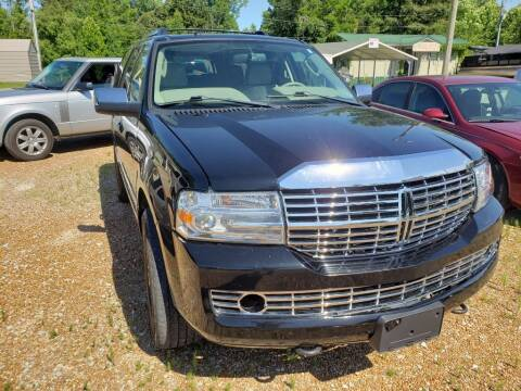2007 Lincoln Navigator for sale at Scarletts Cars in Camden TN