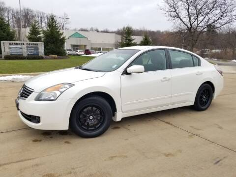 2009 Nissan Altima for sale at Lease Car Sales 3 in Warrensville Heights OH
