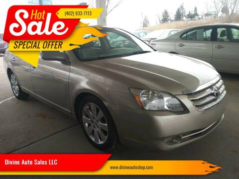 2006 Toyota Avalon for sale at Divine Auto Sales LLC in Omaha NE