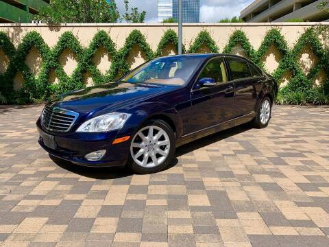2007 Mercedes-Benz S-Class for sale at ROGERS MOTORCARS in Houston TX