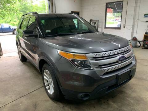 2011 Ford Explorer for sale at QUINN'S AUTOMOTIVE in Leominster MA