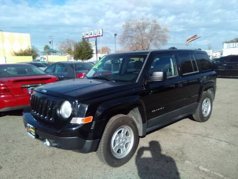 2013 Jeep Patriot for sale at Larry's Auto Sales Inc. in Fresno CA