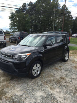 2015 Kia Soul for sale at S & H AUTO LLC in Granite Falls NC