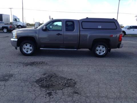 2013 Chevrolet Silverado 1500 for sale at Kevin's Motor Sales in Montpelier OH