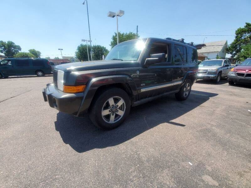 2006 Jeep Commander for sale at Geareys Auto Sales of Sioux Falls, LLC in Sioux Falls SD