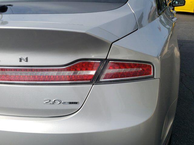 2014 Lincoln MKZ 7