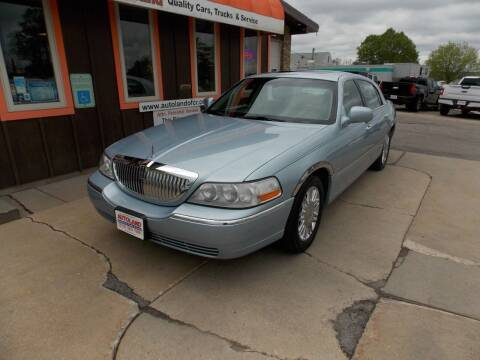 2006 Lincoln Town Car for sale at Autoland in Cedar Rapids IA