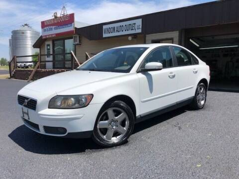 2007 Volvo S40 for sale at WINDOM AUTO OUTLET LLC in Windom MN