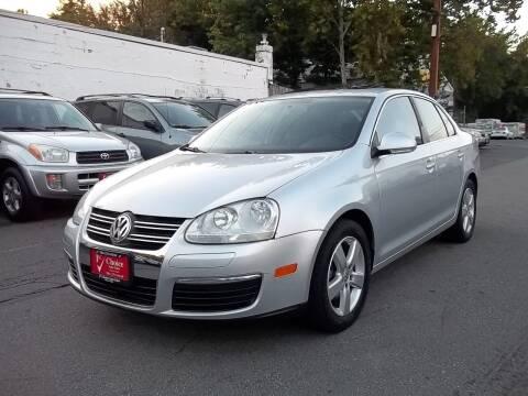2009 Volkswagen Jetta for sale at 1st Choice Auto Sales in Fairfax VA