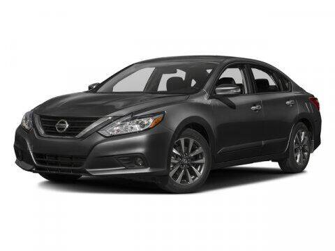 2016 Nissan Altima for sale at Park Place Motor Cars in Rochester MN