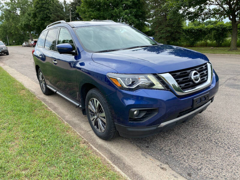 2017 Nissan Pathfinder for sale at ACE IMPORTS AUTO SALES INC in Hopkins MN