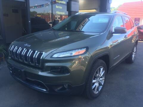 2018 Jeep Cherokee for sale at MELILLO MOTORS INC in North Haven CT