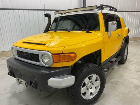 2008 Toyota FJ Cruiser for sale at EUROPEAN AUTOHAUS, LLC in Holland MI