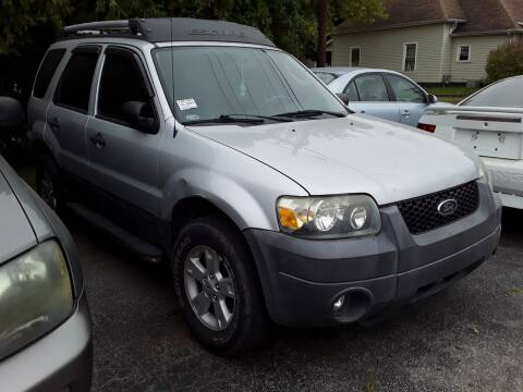 2005 Ford Escape for sale at New Start Motors LLC - Crawfordsville in Crawfordsville IN