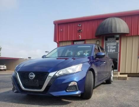 2020 Nissan Altima for sale at MAGNA CUM LAUDE AUTO COMPANY in Lubbock TX