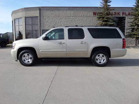 2008 Chevrolet Suburban for sale at Elite Motors in Fargo ND