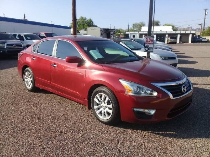 2014 Nissan Altima for sale at 1ST AUTO & MARINE in Apache Junction AZ