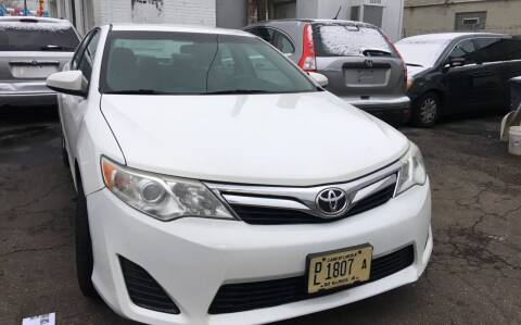 2012 Toyota Camry for sale at Jeff Auto Sales INC in Chicago IL