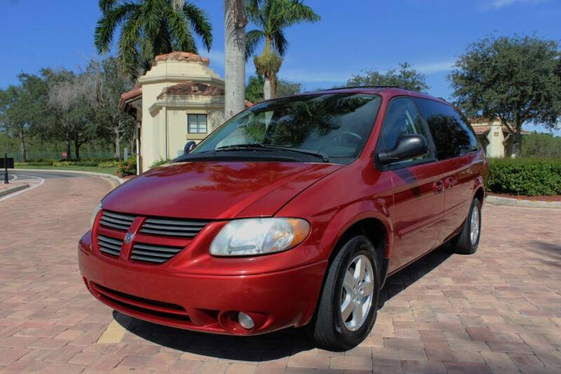 2005 Dodge Grand Caravan for sale at LIBERTY MOTORCARS INC in Royal Palm Beach FL