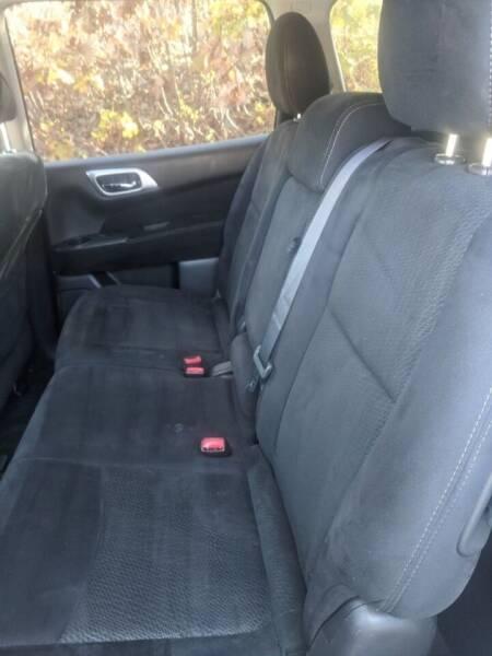 2015 Nissan Pathfinder 4x4 S 4dr SUV - Fitchburg MA