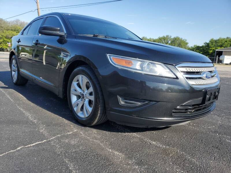 2011 Ford Taurus for sale at Thornhill Motor Company in Lake Worth TX