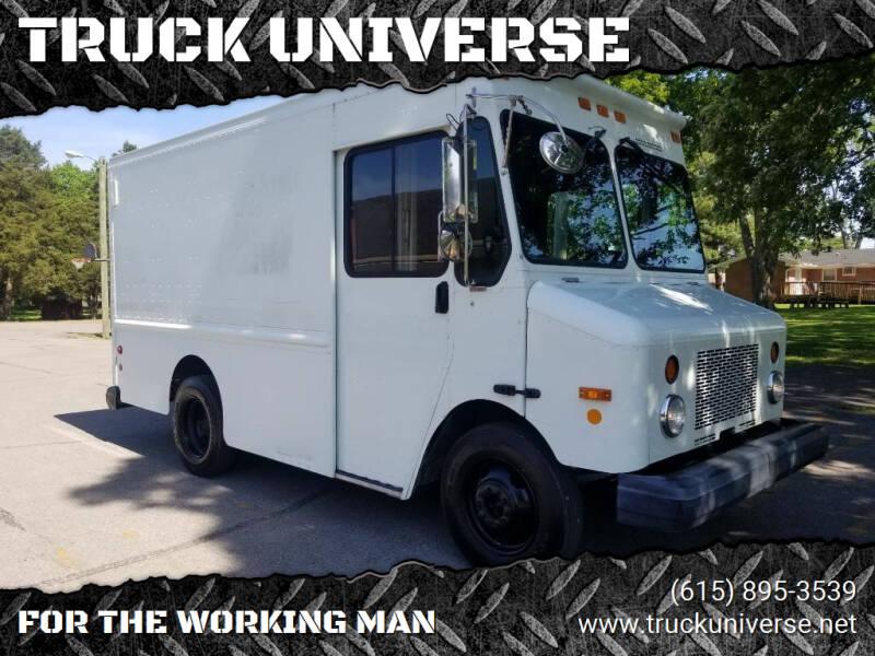 2003 Workhorse P42 for sale at TRUCK UNIVERSE in Murfreesboro TN